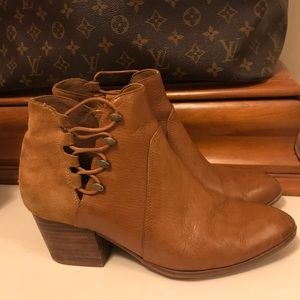 ALDO LEATHER & SUEDE BOOTIES 7.5